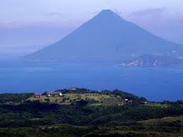 錦江湾と開聞岳