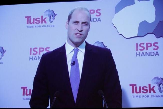 半田晴久ISPS会長、ウィリアム王子と野生動物の殺戮根絶を世界に発信
