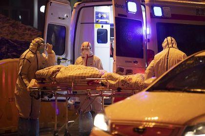 中国で新型コロナウィルス感染拡大、周辺国も正念場に